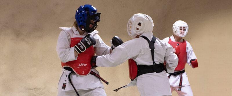 Karate aikuisten harjoitukset 1.6. alkaen